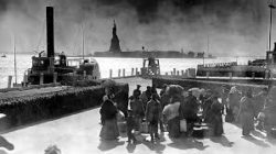 Ellis Island pic
